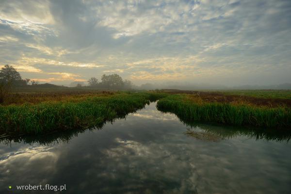 https://s26.flog.pl/media/foto_middle/12884588_na-chmurach--po-wodnej-drodze-.jpg